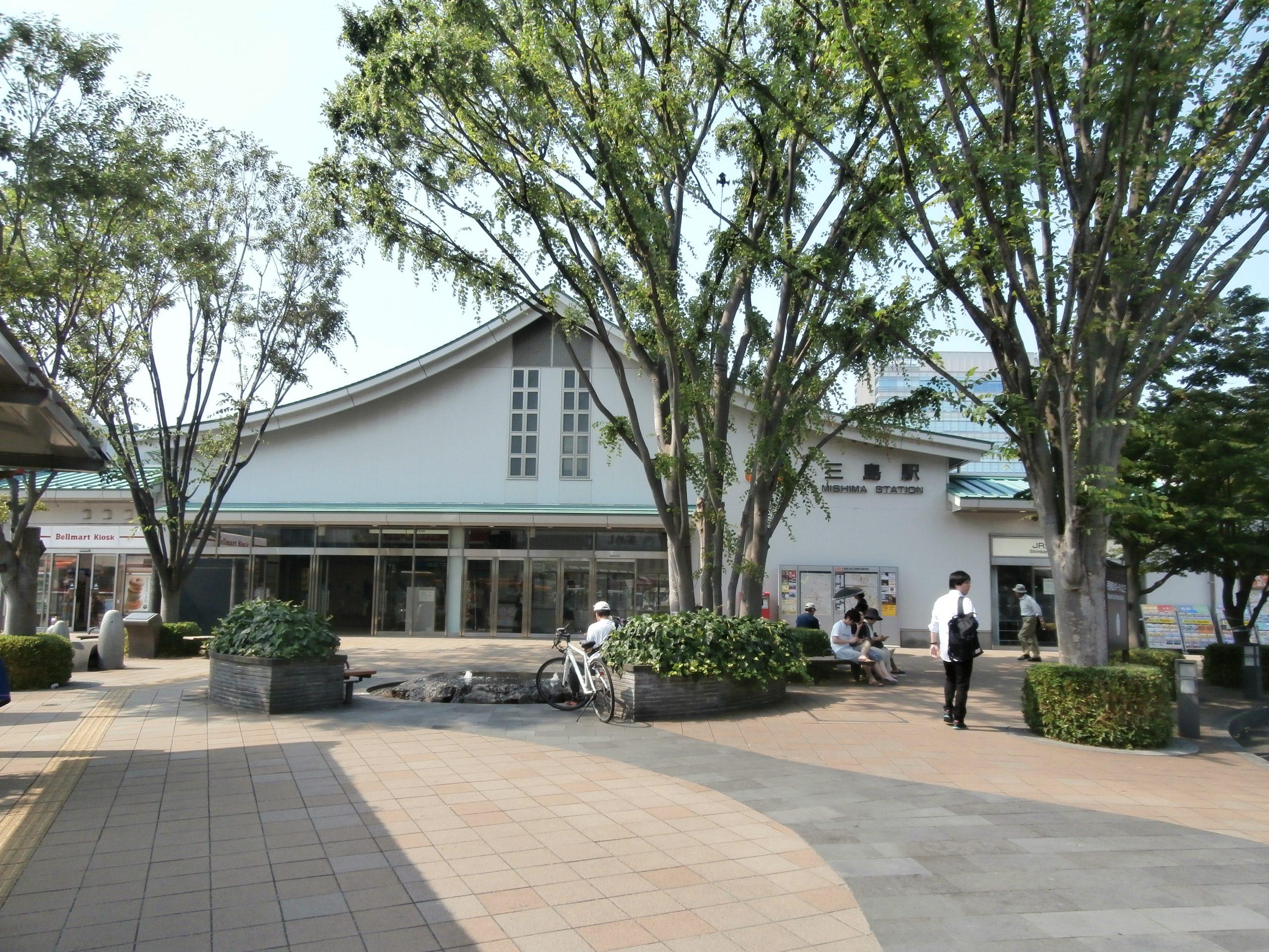JR三島駅南口